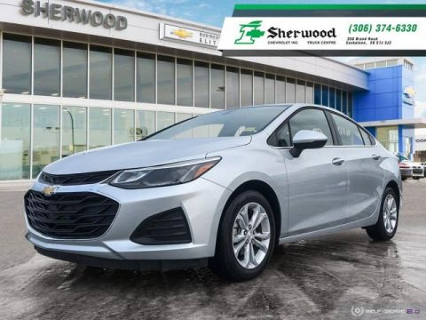 2019 Chevrolet Cruze LT Only 9,000kms!!